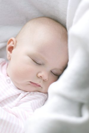 Sleeping baby LANG_EVOIMAGES