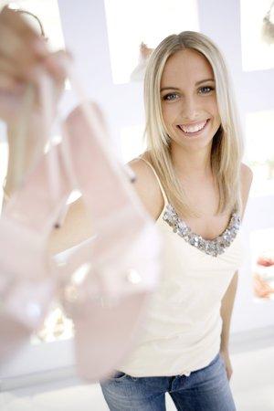 compras compulsivas: Shoe shopping