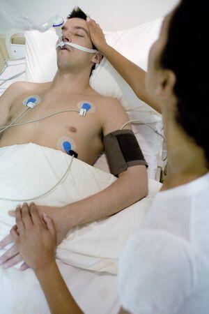 Intensive care patient LANG_EVOIMAGES