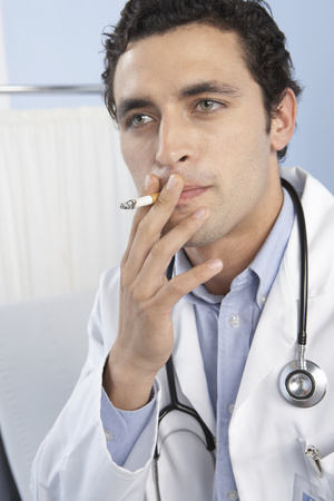 hypocritical: Doctor smoking