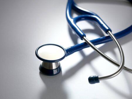 upturned: Stethoscope LANG_EVOIMAGES