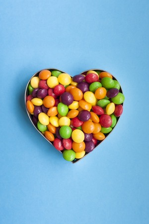 heart shaped: Sweets in a heart shape LANG_EVOIMAGES