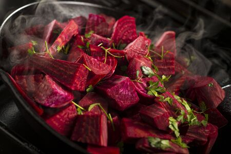 diced: Diced beetroot LANG_EVOIMAGES