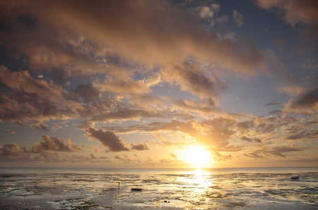 tranquillity: Dawn clouds and sunrise LANG_EVOIMAGES