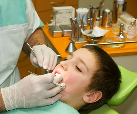 Young boy under dental examination Stock Photo - 10519700