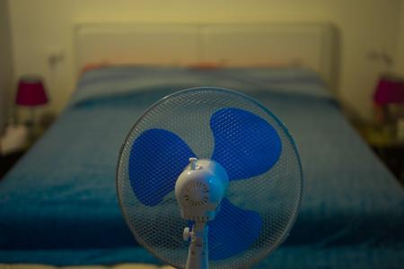 寝室ファンのクーラー