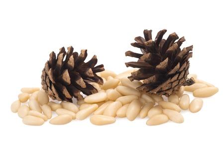 pinoli: pigne e pinoli