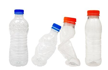 plastico pet: Las botellas de plástico aislado en blanco