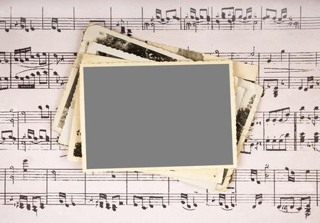 pentagramma musicale: Cornice su spartiti di musica vintage background Archivio Fotografico