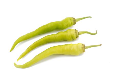 pimenton: chile tipo friggitelli aislado en fondo blanco Foto de archivo
