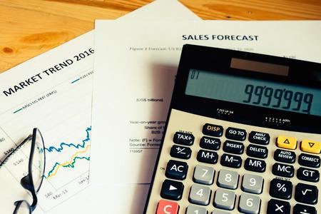 cuadro sinoptico: La calcular con la tendencia del mercado con el an�lisis de las previsiones de ventas