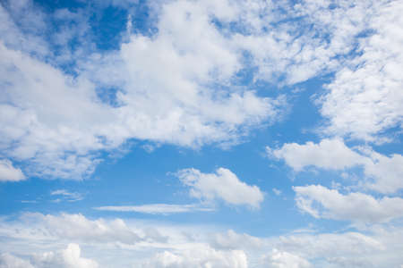 The blue sky with white cloud as background 版權商用圖片
