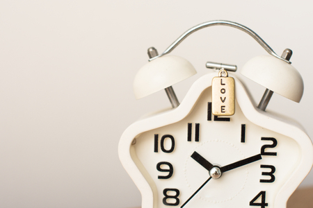 Closed up of white modern clock on the background 版權商用圖片