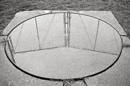 enclosing: Cerchio includente Fence Archivio Fotografico