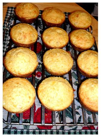 warm crispy corn muffins right out of the oven Reklamní fotografie