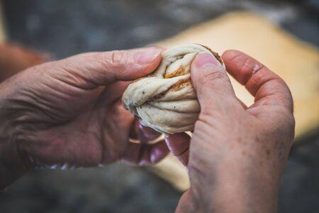 hand prefer raw dough