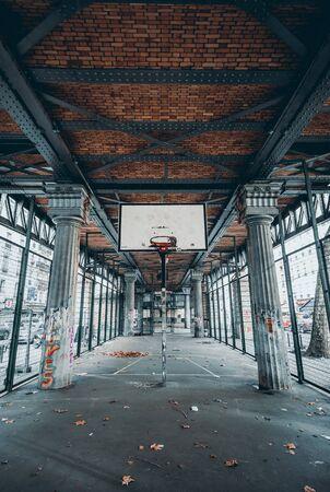 spans basketball hoop