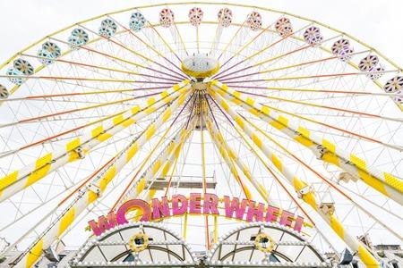 Wonder Wheel Ferris wheel during daytime