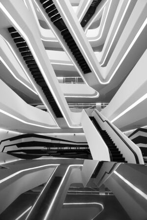 white and black stairs Imagens