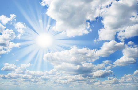 dia soleado: Perfecto d�a soleado con cielo azul