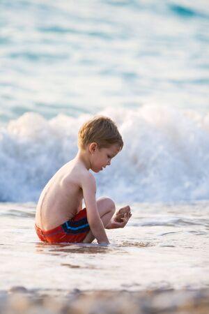 granola: Ni�o y la gran ola