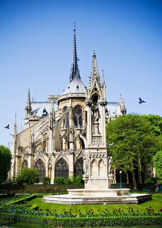 corcovado: �bside de Notre Dame de Par�s, Francia