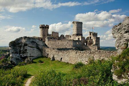 The Ogrodzieniec Castle, Poland Stock Photo - 11852383