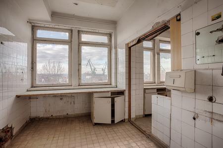 The interior of an abandoned hospital building Standard-Bild