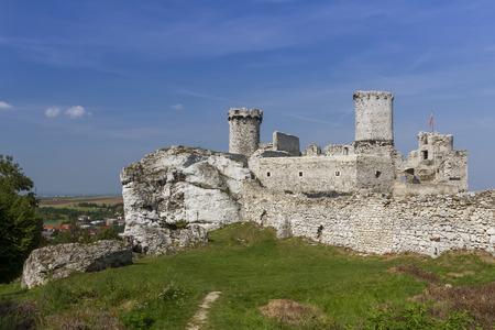 ogrodzieniec: Ruins of the castle Ogrodzieniec Poland Stock Photo