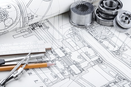dibujo tecnico: detalle de dibujo indastrial y varias herramientas de dibujo