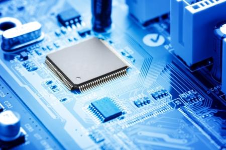 macro imagen placa de circuito electrónico con procesador Foto de archivo