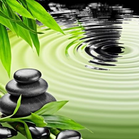 zen basalt stenen en bamboe Stockfoto