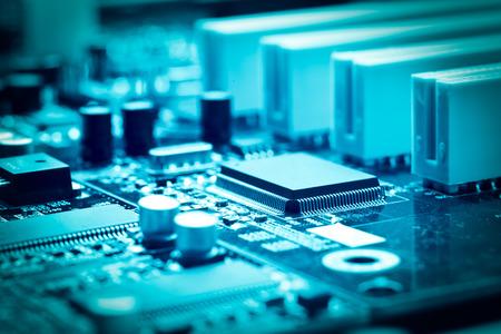 close-up del circuito elettronico con processore