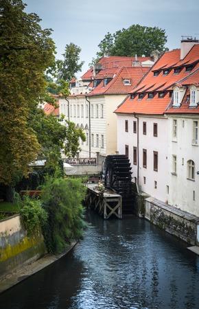 molino de agua: ver en el puente de Praga, Charles