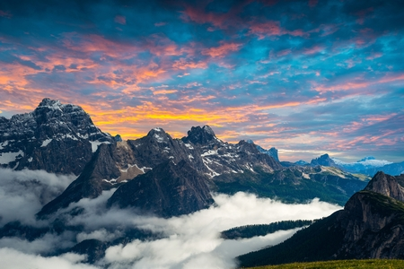 famous Italian National Park Tre Cime di Lavaredo. Dolomites, South Tyrol.  Auronzo Stock Photo