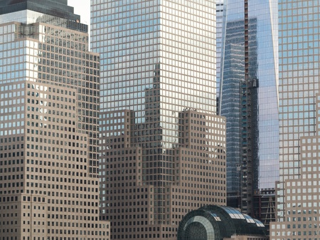 Reflection of Buildings in Lower Manhattan Imagens
