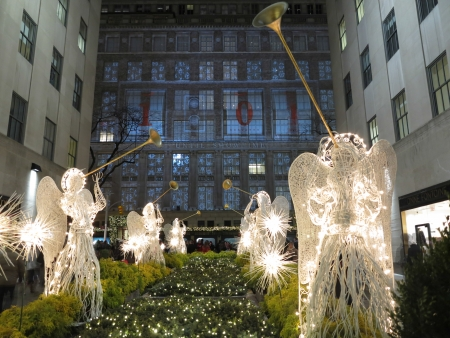 christmas in the city: Christmas in New York with illiuminated Angels and Trumpeters