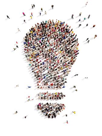 multitud: 3D Gran grupo de personas con ideas y unos pocos en movimiento a la luz A la cabeza, el ingenio, tomando la iniciativa, de pie entre la multitud concepto