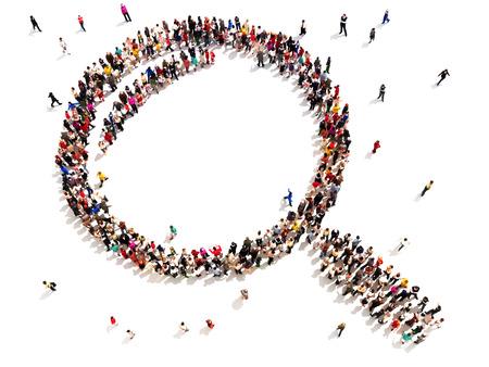 Velká skupina lidí ve tvaru lupy vyhledávání, zkoumání nebo analýza koncepce na bílém pozadí
