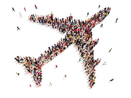 Mensen die reizen Grote groep mensen in de vorm van een vliegtuig op een witte achtergrond