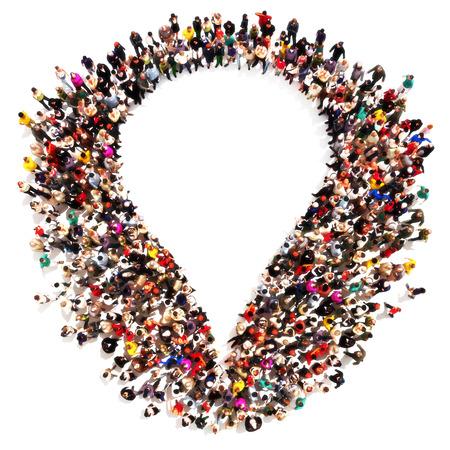 diversidad: Huella de ADN. Gran grupo de personas en la forma de un símbolo de ADN sobre un fondo blanco. ADN Médico, genealogía, el concepto de la biología.