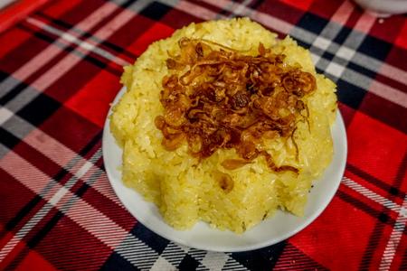 Le Mat (Snake Village) - steamed sticky rice with snake fat