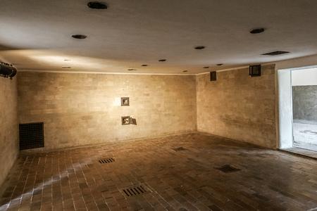 Dachau Concentration Camp - Inside Gas Chamber Editöryel