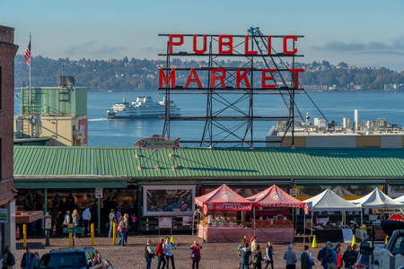 Visiting Pike Place Market in downtown Seattle, Washington USA Stok Fotoğraf