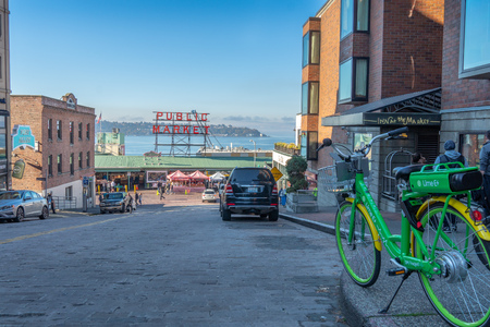 Visiting Pike Place Market in downtown Seattle, Washington USA 新聞圖片