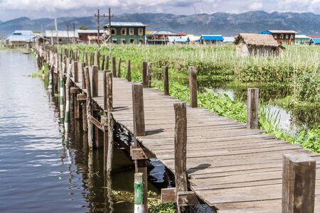 Day trip on Inle Lake - U Bein Bridge