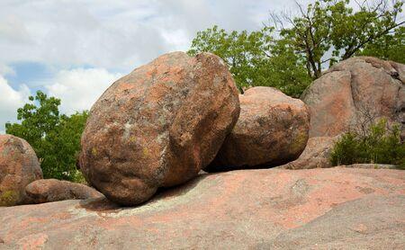 Huge boulders at Elephant Rocks State Park