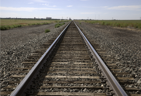 oustide입니다 스트랫 퍼드 텍사스의 철도 트랙.