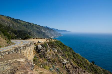 The Pacific Coast Highway is a spectacular coastal drive between Lo Angeles and San Francisco