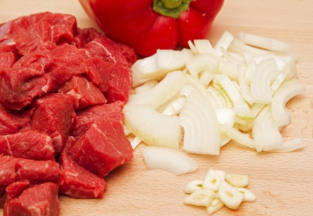 Chopped beef steak with onion, garlic and pepper